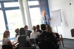 Social Media - Rechtliche Fragen – technische Fragen - von Dr. Thomas Schulte, Rechtsanwalt
