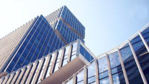 Vorsicht vor Investitionen in Aktien-Gesellschaften im Gewerbeimmobilien Bereich